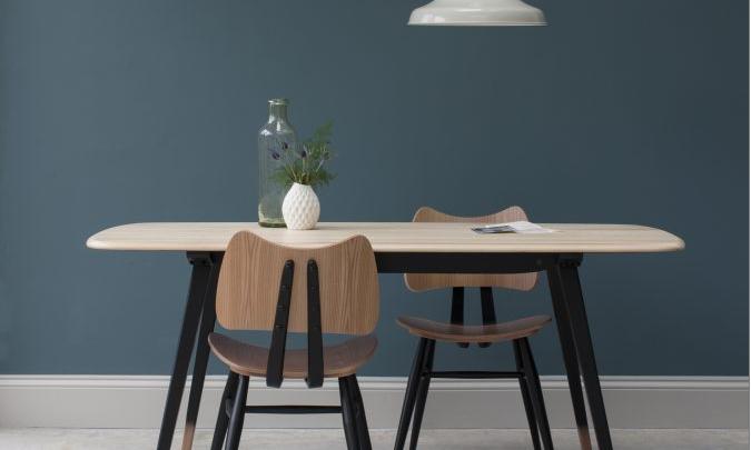 Klassik trifft Moderne – die Möbelkollektion von ercol