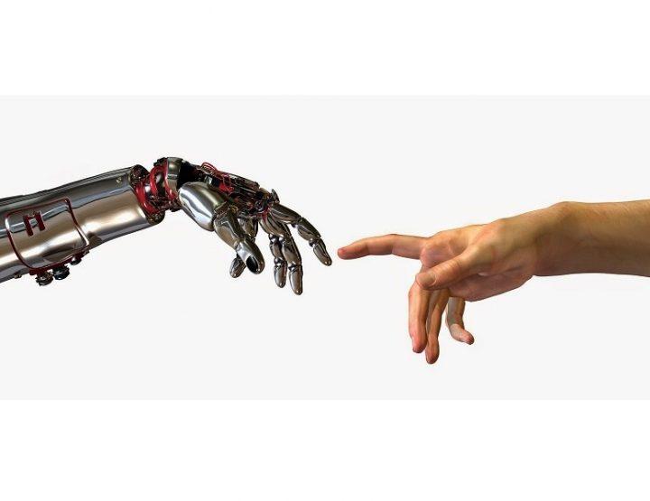HRI 2017 – Roboterfrauen, die Gefühle zeigen, sind Männern unheimlich