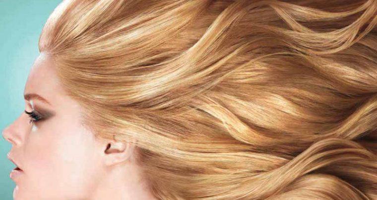 Eine Haar-Maske für seidig glänzende Haare