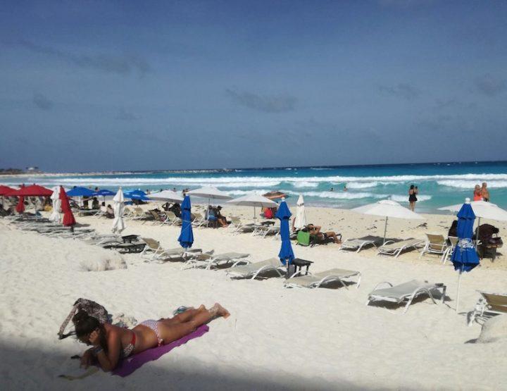 Cancun Zona Hotelera - Coco Bongo