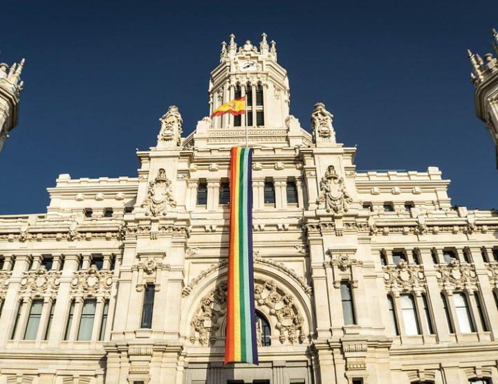 Queer und auf Reisen - Die sichersten Länder
