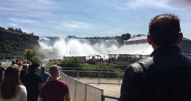 Ein Wunder der Natur: Niagarafälle Amerika & Kanada