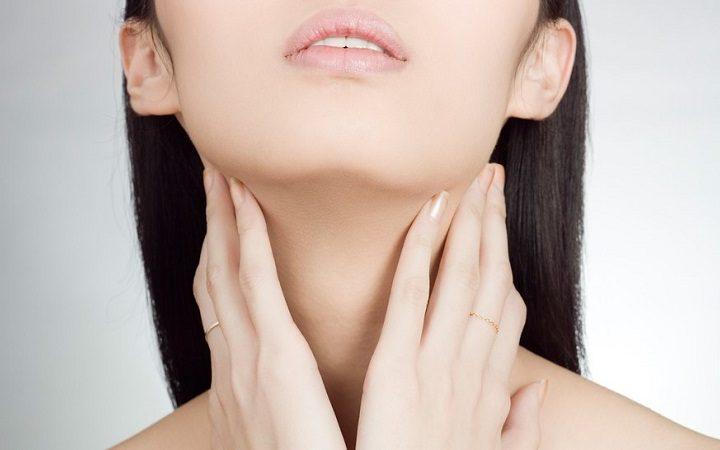Finalmente senza arrugazioni: Cura di cura per u collu