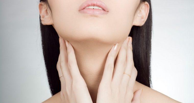 Endlich Faltenfrei: Pflegetipp für den Hals