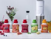 Sparkling refreshment with the fruit syrups from SodaStream